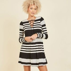 Modcloth Coffee Shop Reading Long Sleeve Dress